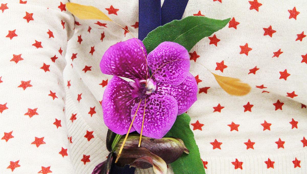 Collier de fleurs fraîches